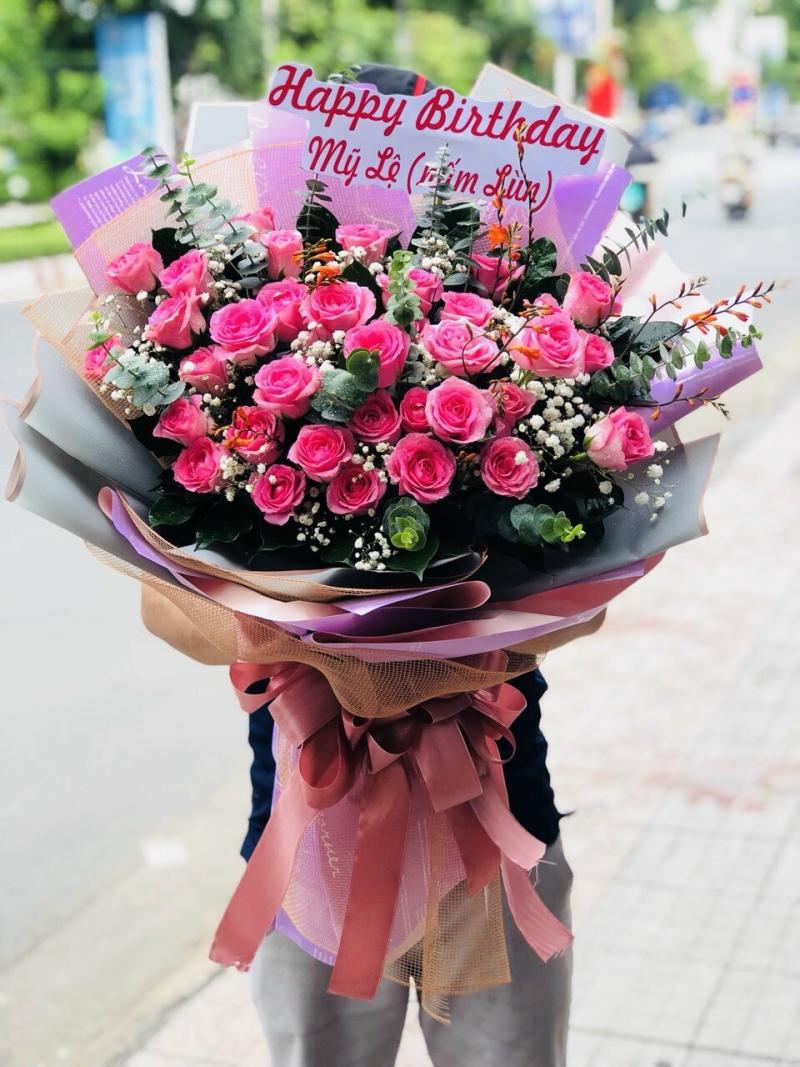 tiem hoa tuoi huyen son tinh tinh quang ngai
